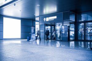 Puertas Peatonales en la terminal del aeropuerto